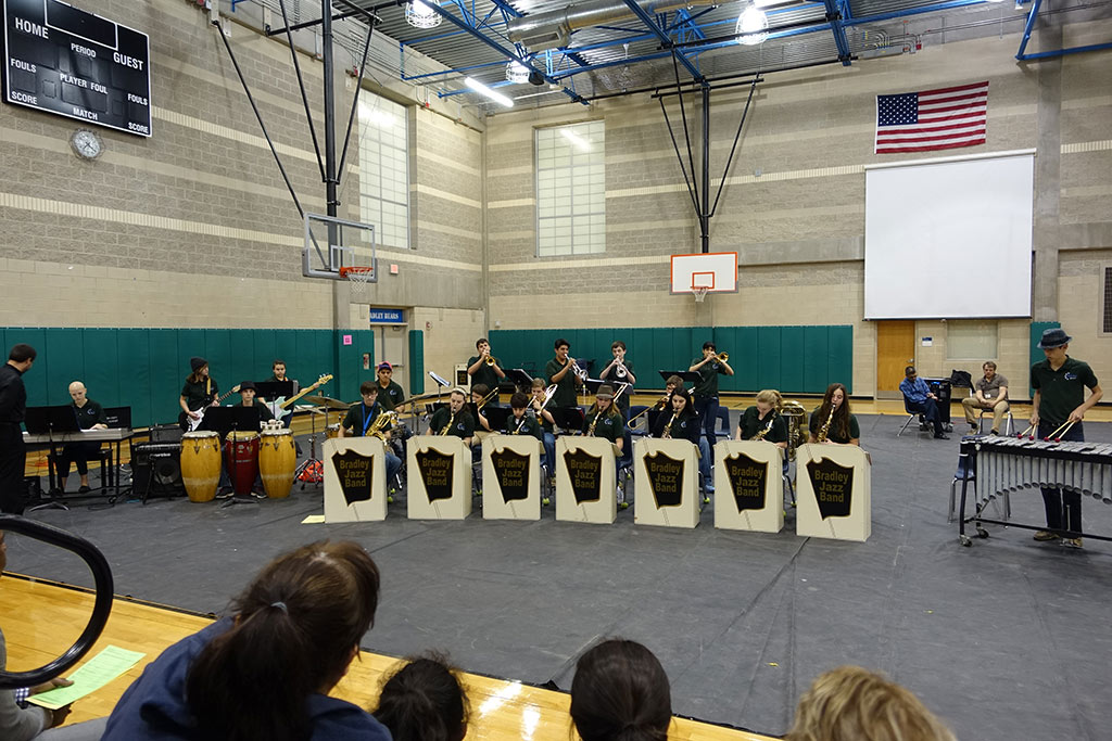 Bradley MS Jazz Band 1 Performs at Electives Showcase - 1/26/2016